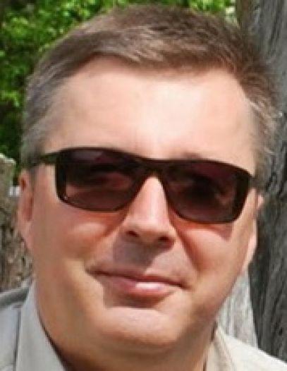 Андрей Костенко
